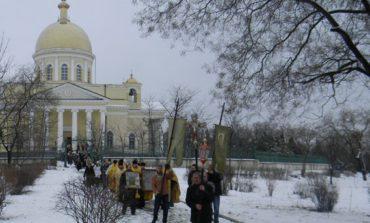 В Болграде прошёл крестный ход за мир и согласие (ФОТО)