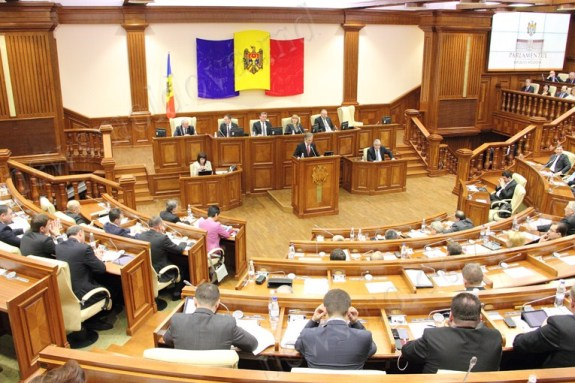 В Молдове подсчитали сколько стоит «завести» одного депутата в парламент
