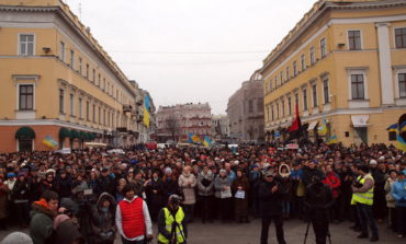 В Одессе митинговали против войны и за единство Украины (ФОТО)