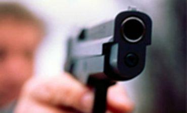 Тарутино: в хлебный магазин зашел посетитель с пистолетом и устроил скандал