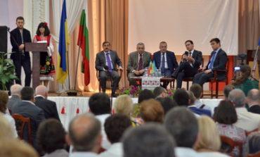 Министры иностранных дел Болгарии и Украины встретились с болгарами Одесчины