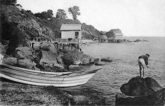 Купальни на морском берегу