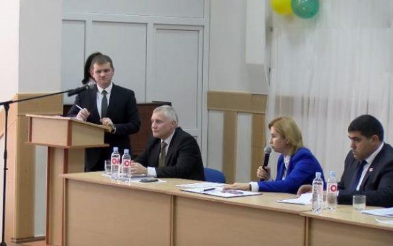 Министры Молдовы убеждали гагаузов в полезности добычи сланцевого газа