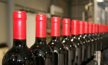 Роспотребнадзор разрешил пяти молдавским компаниям поставлять вино в Россию