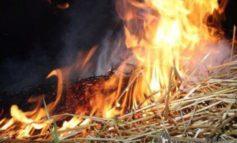 Пожар в Ивановском районе: сгорел стог сена, жилой дом удалось спасти
