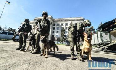 В Одессе показали силовиков, которые выйдут на улицы 2 мая (фото)