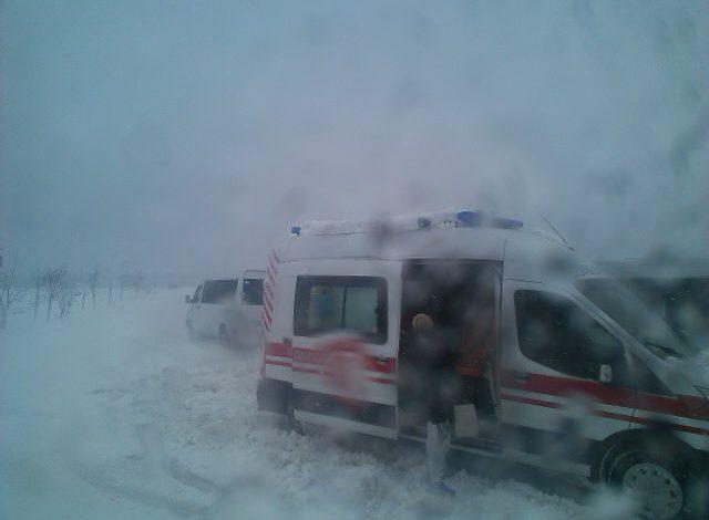 В Тарутинском районе на трассе застряла скорая помощь с беременной женщиной