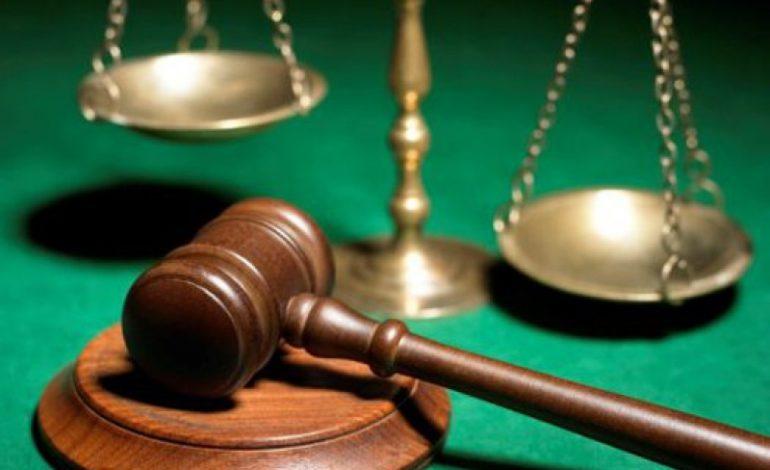Судья по делу лагеря «Виктория» подозревается в нарушении Закона