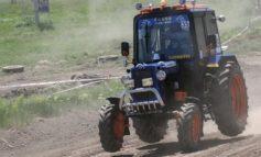 Несчастный случай в Саратском районе: ребенок выпал из трактора и погиб
