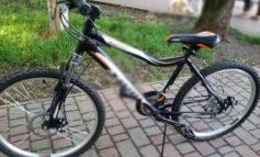 В Одессе уголовник избил школьника и отобрал велосипед