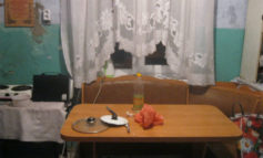В Белгород-Днестровском районе мужчина на почве ревности едва не убил свою жену