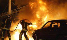В Черноморске на стоянке сгорели три автомобиля