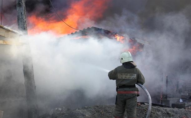 В Черноморске в кунге сгорел мужчина