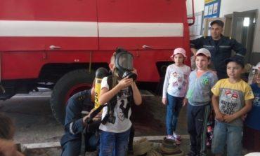 В Болграде пожарные провели экскурсию для школьников гимназии