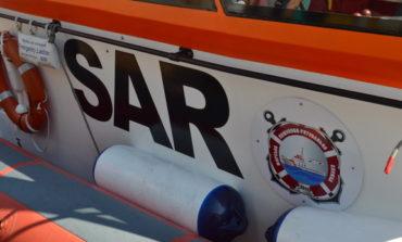 Оказавшись в беде на море, не стоит паниковать. Морские спасатели обязательно придут на помощь