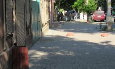 На улицах Белгорода-Днестровского появились новые урны для мусора