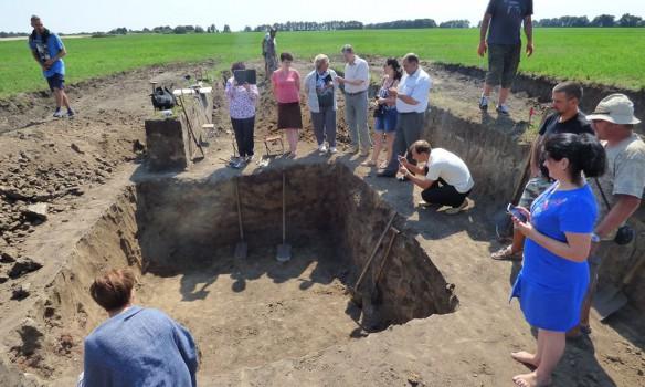 В Полтавской области археологи нашли скифское золото и амфоры
