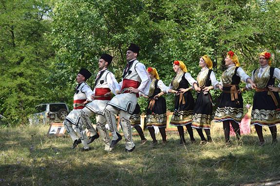Болгарская молодежь провела мини-фестиваль в Болградском районе