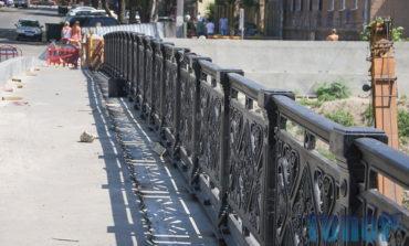 На одесском мосту Коцебу восстановили старинное чугунное ограждение