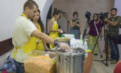Одесский бизнесмен решил кормить пожилых одесситов обедами