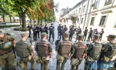 Как в Одессе гей-парад охраняли (фото)