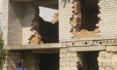 В Балте с крыши заброшенного здания пыталась спрыгнуть девушка