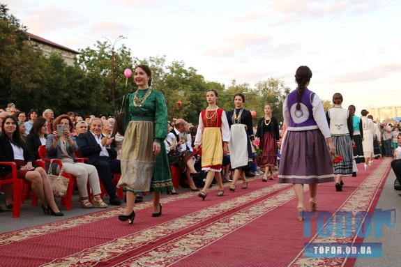 В Гагаузии состоялся первый в истории фестиваль национального костюма