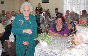 В Белгороде-Днестровском оказали материальную помощь единственной оставшейся в живых партизанке