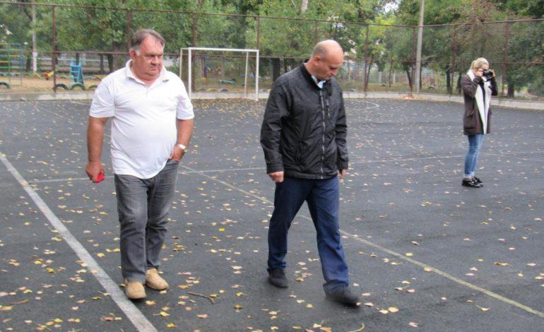 На Белгород-Днестровскую спортплощадку нельзя входить в шипованной обуви