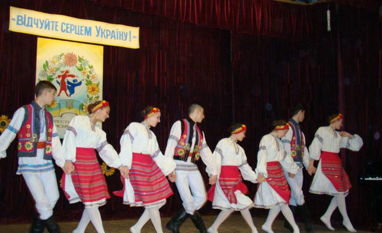 Румынские украинцы «привезли» на ренийский фестиваль 200-летние традиции народного пения