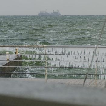 В Одессу пришла холодная снежная зима (ФОТО)