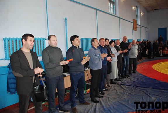 Антон Киссе принял участие в открытии борцовского турнира