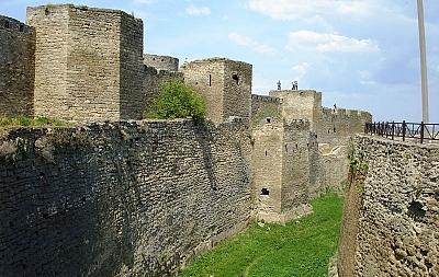 Женщина из Белгорода-Днестровского упала в крепостной ров