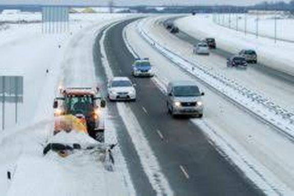 Укравтодор запретил движение транспорта на трассе Одесса-Киев