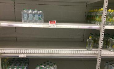 Измаильчане за пару часов смели воду с прилавков магазинов