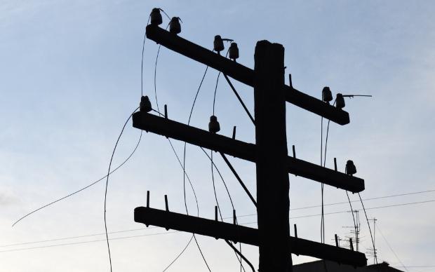 В Украине без электричества остаются почти 400 населенных пунктов