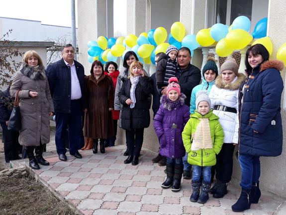 В Тарутино торжественно открыли детский дом семейного типа (фото)