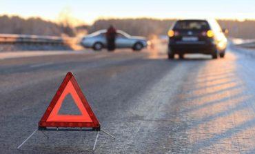 В Одессе на Дальницком шоссе столкнулись две легковушки и грузовик