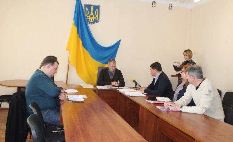 В Белгороде-Днестровском с трудом разбираются с временными сооружениями