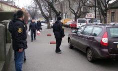 В Белгороде-Днестровском не прекращается борьба с парковкой на тротуарах
