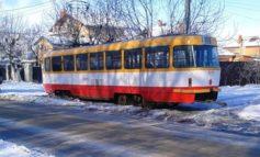 На Даче Ковалевского трамвай сошел с рельс