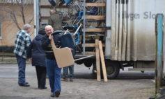 В Белгород-Днестровский привезли из США школьную мебель