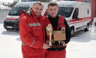 Нескольким районам юга Одесской области передали по автомобилю скорой помощи