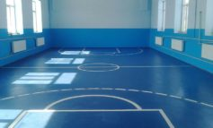 Объединив усилия, в Николаевке Тарутинского района отремонтировали спортзал