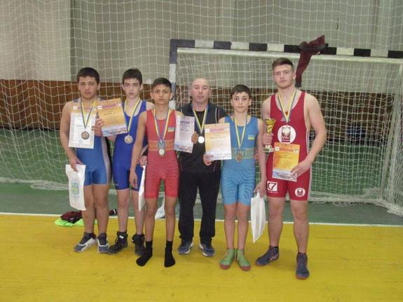 Борцы Измаила привезли «золото» с Всеукраинского турнира (фото)