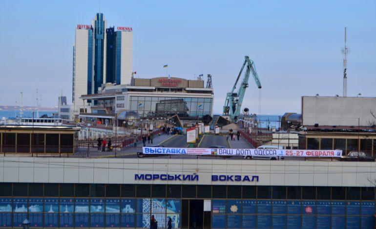 Круизы будут, но пока речные: в Одессе рассказали, какие суда зайдут в морской порт в этом году