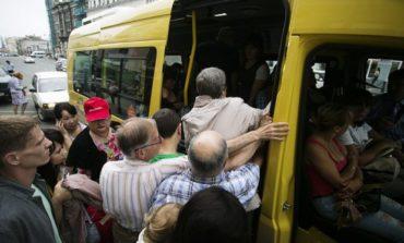 В Одессе пассажирка выпала из маршрутки
