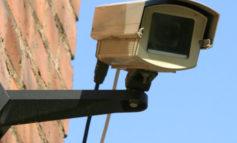 Это будет «Безопасный город»: в Тараклии начали устанавливать камеры уличного наблюдения