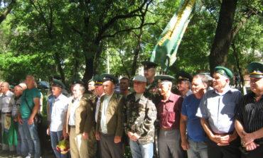 Антон Киссе поздравил пограничников Арцизского района