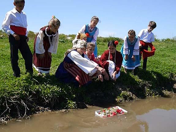 В Городнем Болградского района старинным обрядом вызвали дождь (фото)